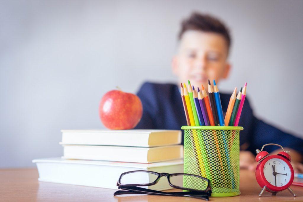 scrivania bambini colore
